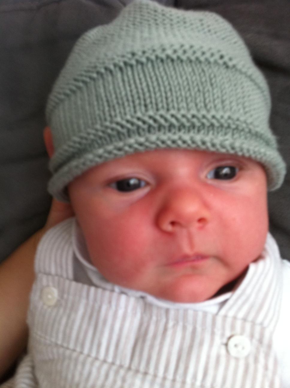 Je veux trouver un joli tricot pour mon bébé ou à offrir pas cher ICI  Modele tricot bonnet bébé facile gratuit 803e08c50ad