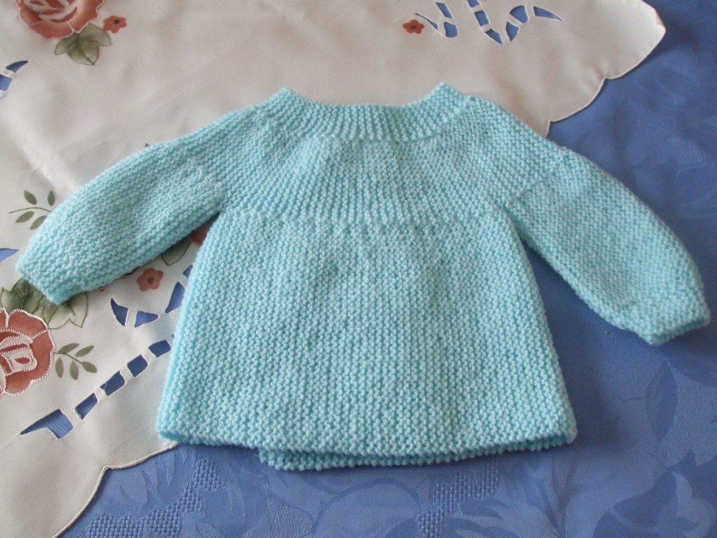 166063caa2d8a Je veux trouver un joli tricot pour mon bébé ou à offrir pas cher ICI Modele  tricot brassiere naissance gratuit