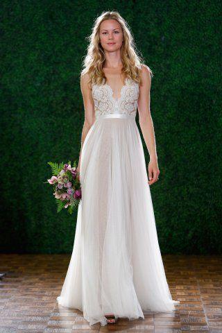 b14576cbecd Je veux trouver une belle robe de soirée coloré ou élégante pas cher ICI  Robes de mariée taille empire ...
