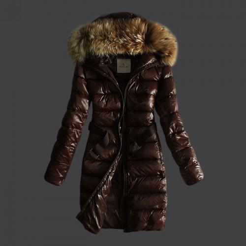 Je veux trouver une doudoune de marque femme qui tient chaud pas cher ICI  Doudoune femme duvet moncler doudoune duvet moncler e74faa1b458