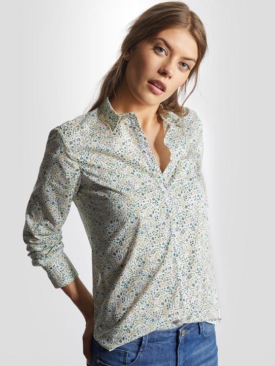 chemise femme image chapka doudoune pull vetement d 39 hiver. Black Bedroom Furniture Sets. Home Design Ideas