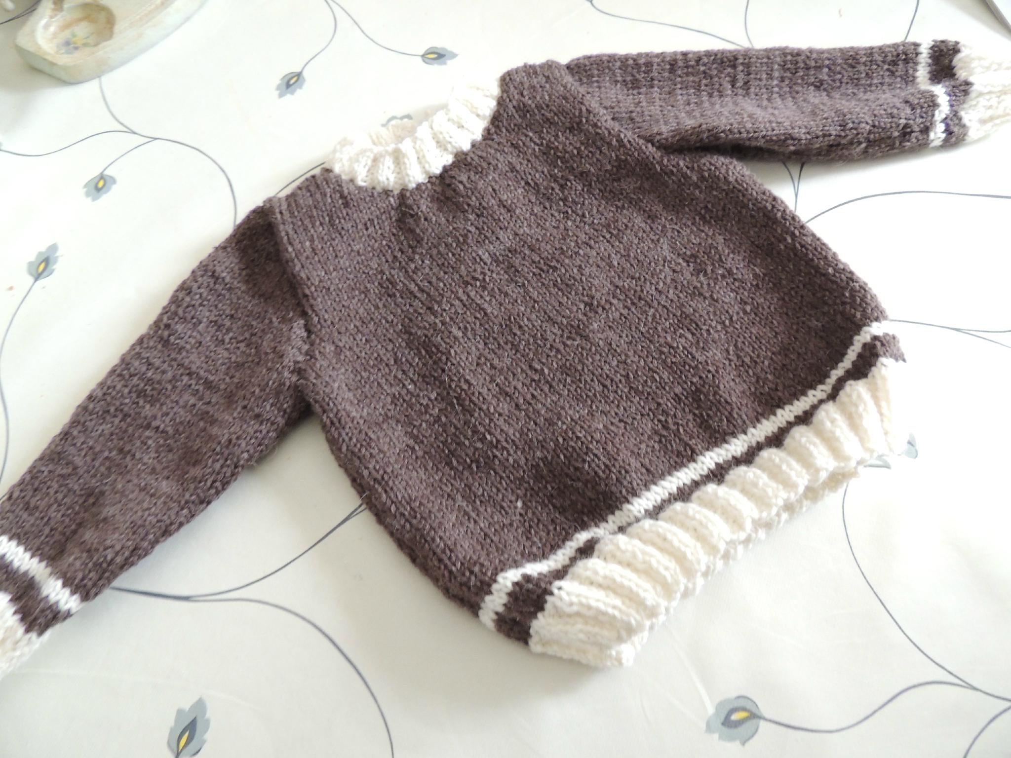 Modele tricot pull fille 2 ans gratuit - Chapka, doudoune, pull & Vetement d'hiver