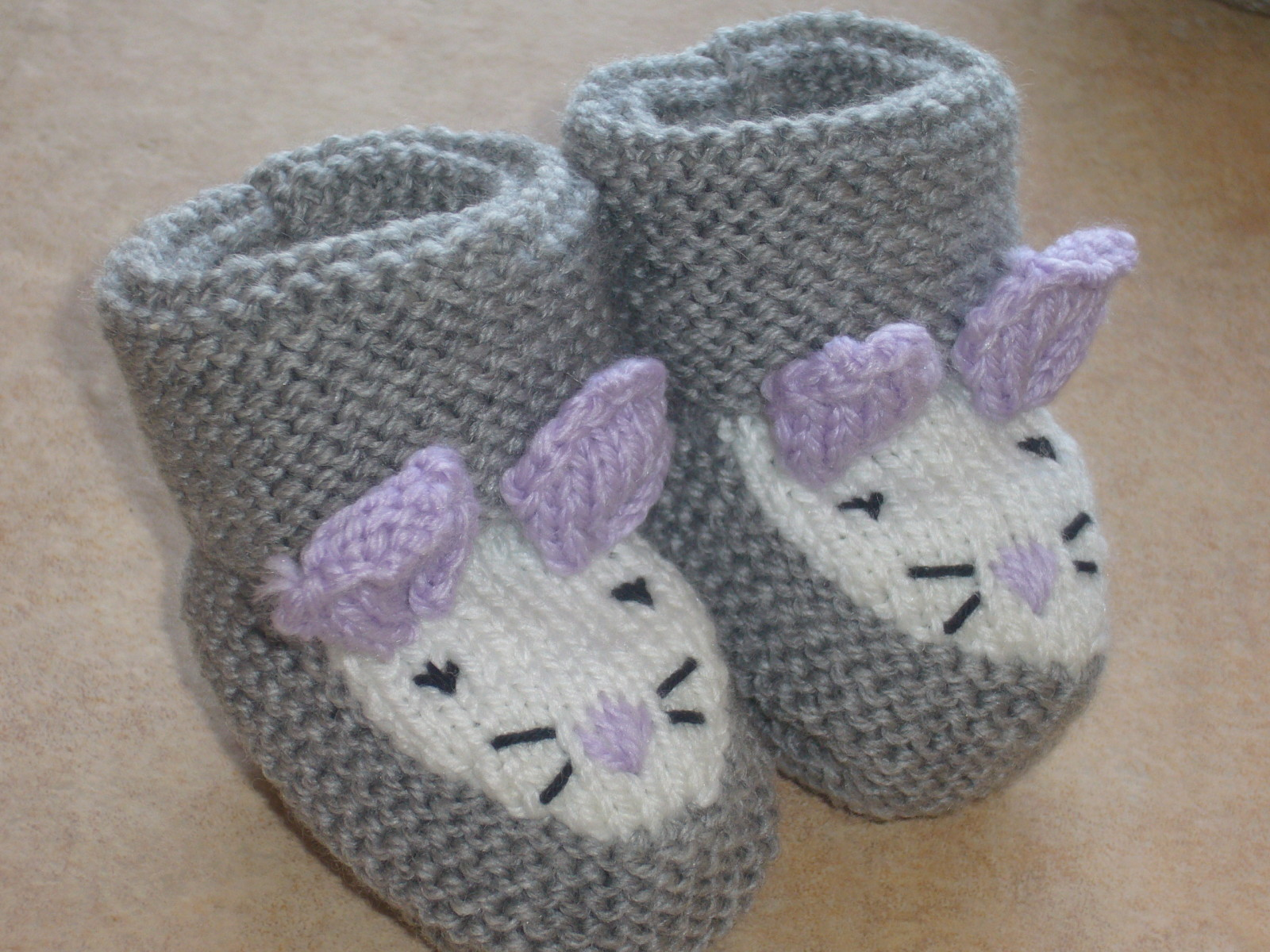 f75d4b795f01f Tricot chaussons bébé 5 aiguilles - Chapka
