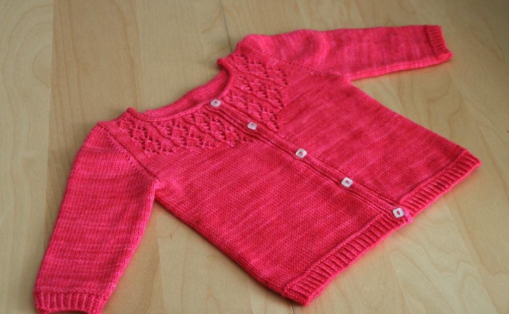1d82394465d8a Modèle tricot gilet bébé fille - Chapka