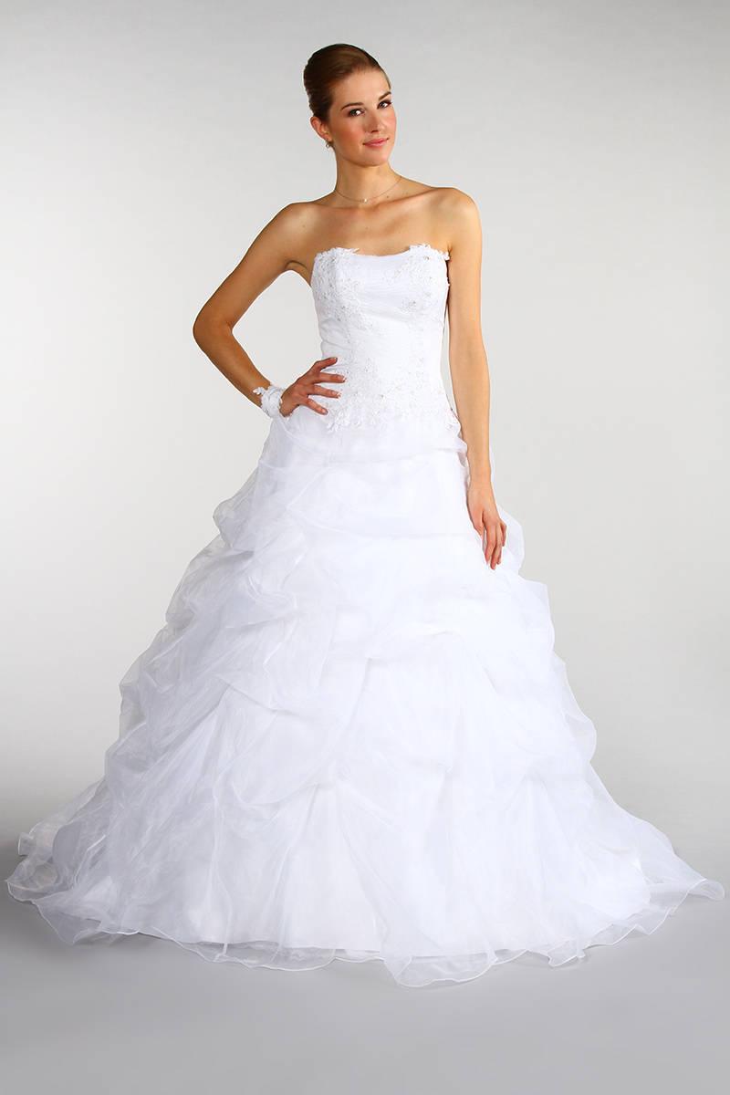 ee81b2366ed Robe d mariage - Chapka