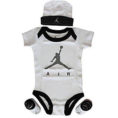 8fad6c8899a2a Je veux trouver des vêtements de sports fitness running de qualité et pas  cher ICI Vetement bébé nike