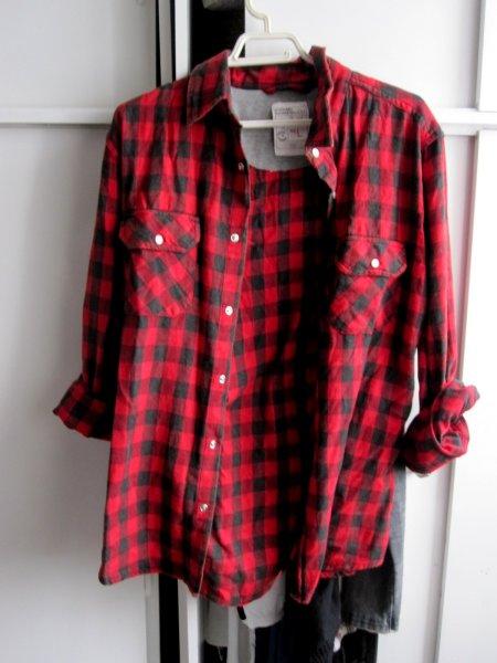 Je veux trouver une belle chemise femme et agréable à porter pas cher ICI Chemise  noir et rouge a carreaux femme 5684afc21a34