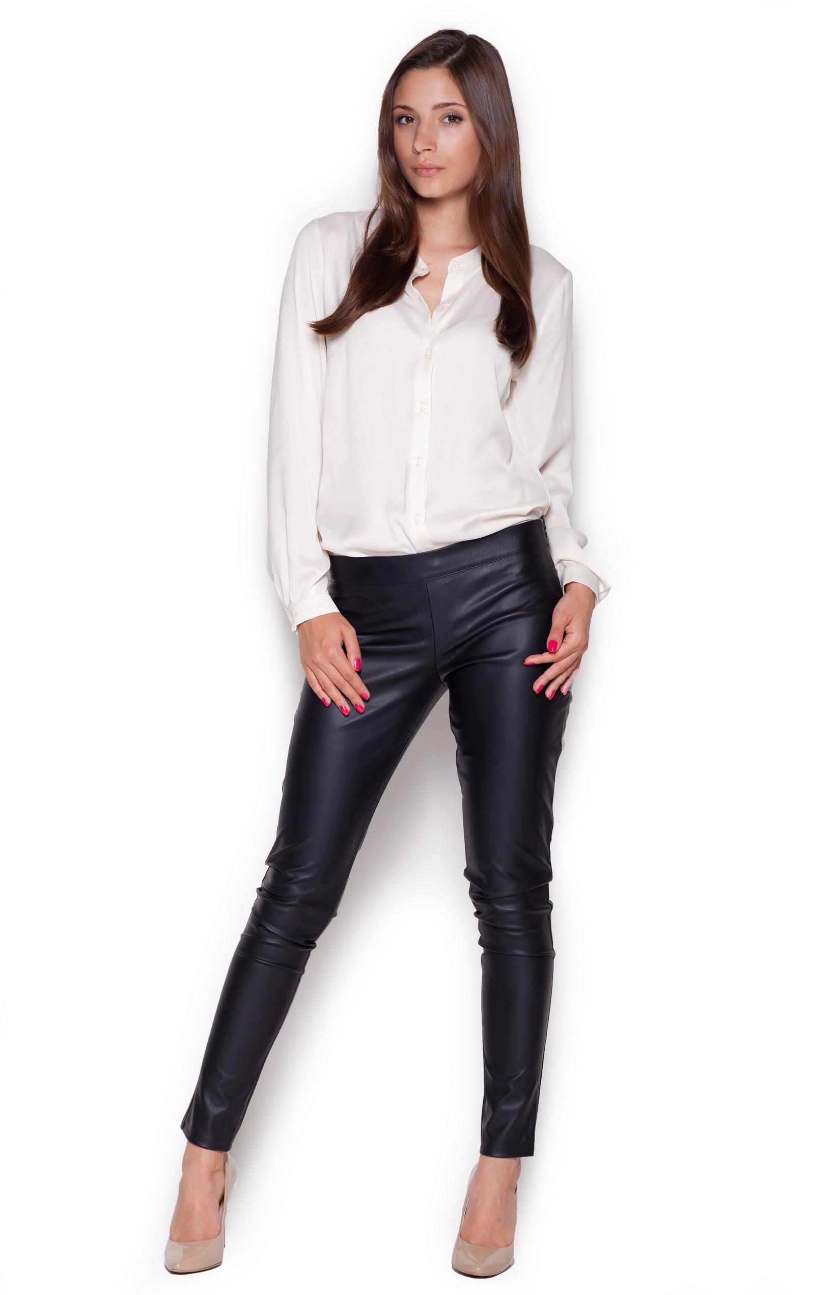Je veux trouver une belle chemise femme et agréable à porter pas cher ICI  Chemisier fluide blanc 0fd58aafad84