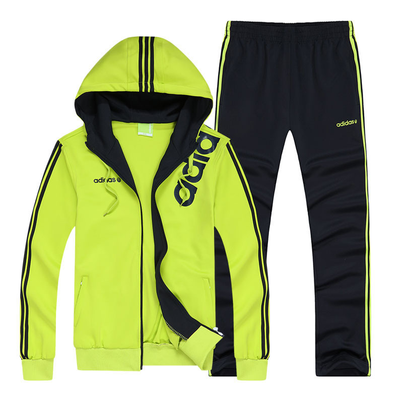 Je veux trouver des vêtements de sports fitness running de qualité et pas  cher ICI Vetement de sport homme adidas 0bf65ca5d492