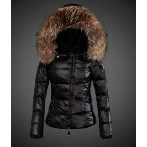 084a42e7368 Je veux trouver une doudoune de marque femme qui tient chaud pas cher ICI  Doudoune d hiver femme moncler