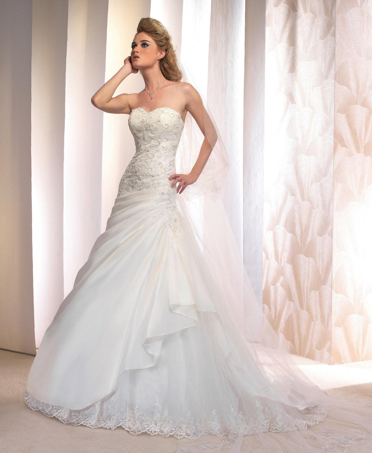 e38c077672f Robe de mariée modele - Chapka