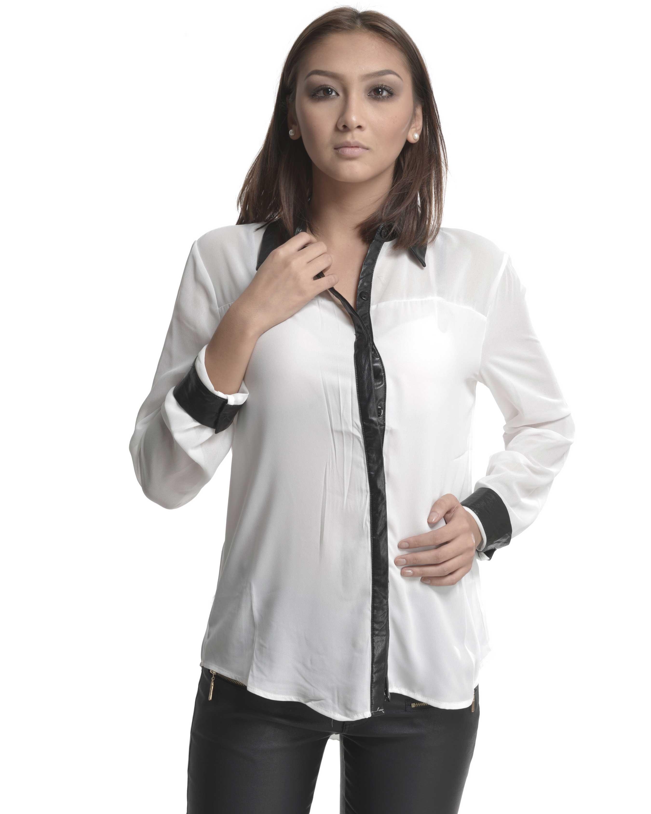 Je veux trouver une belle chemise femme et agréable à porter pas cher ICI  Chemise noir et blanche femme 6e2c0c6febc2