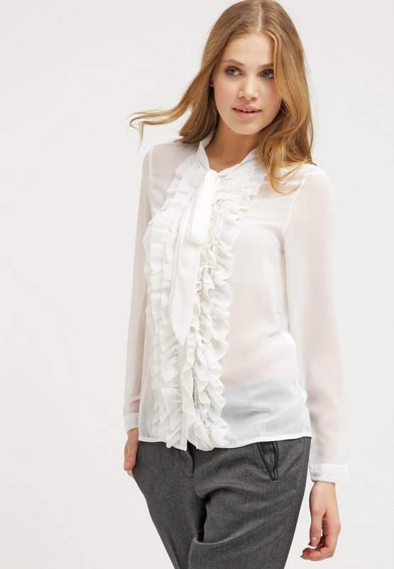 Je veux trouver une belle chemise femme et agréable à porter pas cher ICI  Chemise blanche transparente femme e3ed3b4645a9