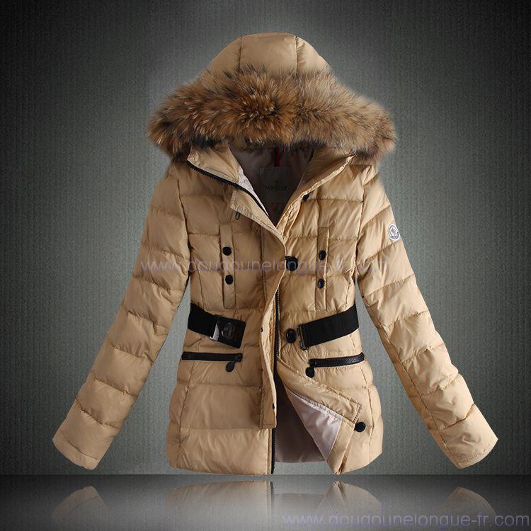 Je veux trouver une doudoune de marque femme qui tient chaud pas cher ICI  Doudoune femme chaude moncler 46f74ed4605