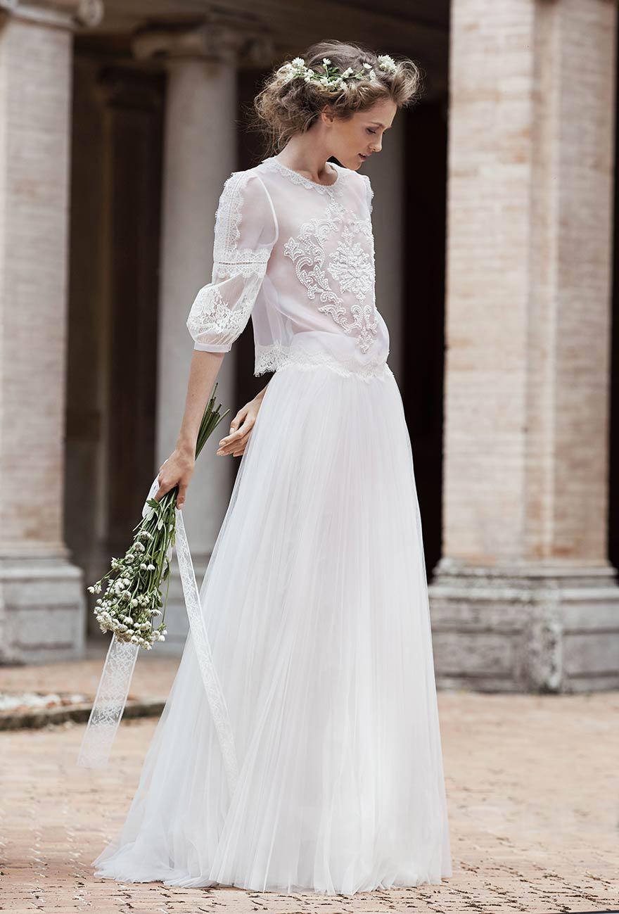 8ad7d10cd5e Je veux trouver une belle robe de soirée coloré ou élégante pas cher ICI  Robe de mariée hiver