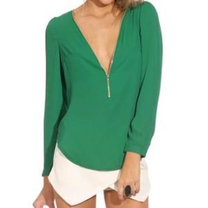 70adb6a1be6f Je veux trouver une belle chemise femme et agréable à porter pas cher ICI  Chemise femme verte