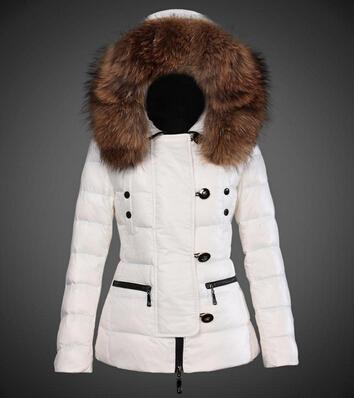 3e6a59a970b8 Pull Femme amp  D hiver Chapka Doudoune Doudoune Moncler Blanc Vetement  qXPwWSF