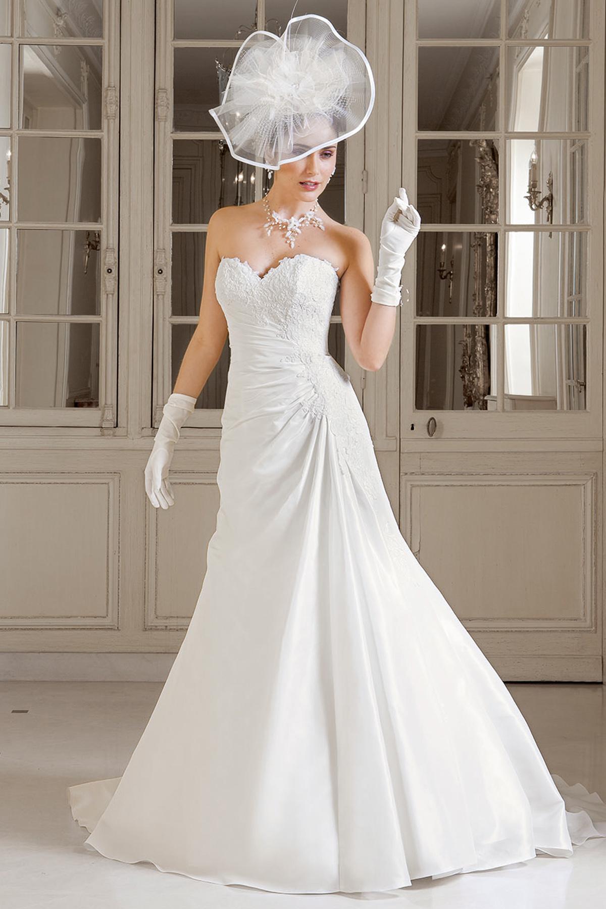 4e403febc16 Les modeles des robes de mariage - Chapka