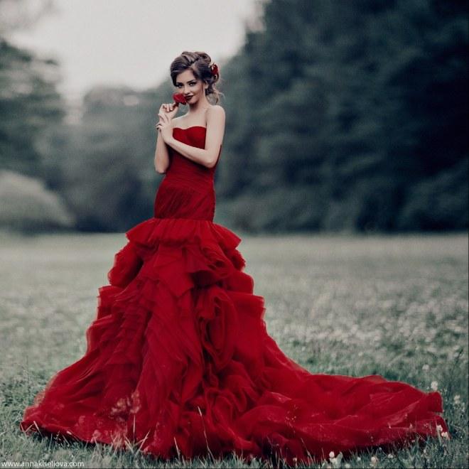 c2ac8b8d9d7 Je veux trouver une belle robe de soirée coloré ou élégante pas cher ICI  Robe de mariage rouge