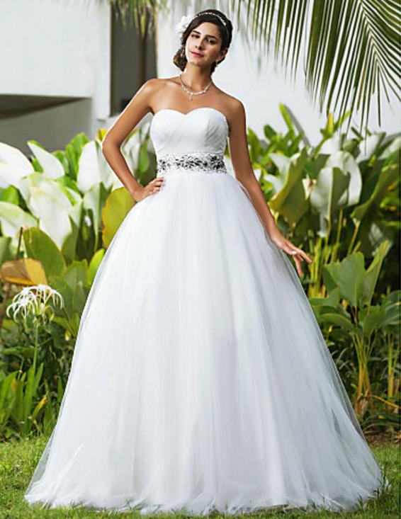 c4b685442c6 Je veux trouver une belle robe de soirée coloré ou élégante pas cher ICI  Robes de mariée femme ronde