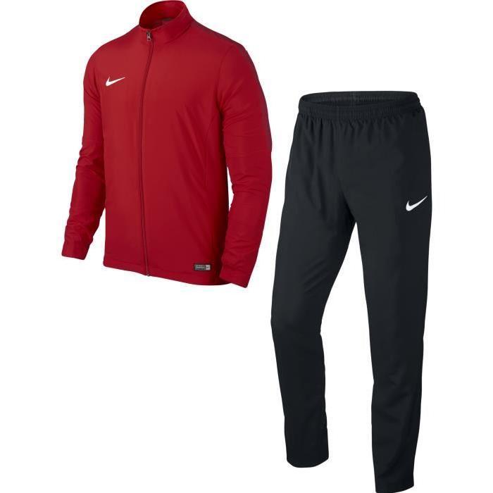 Je veux trouver des vêtements de sports fitness running de qualité et pas  cher ICI Tenue nike homme 668131a8ba7