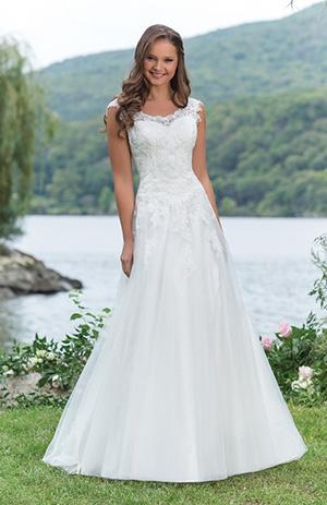 578d7c60523 Le robe de mariage - Chapka
